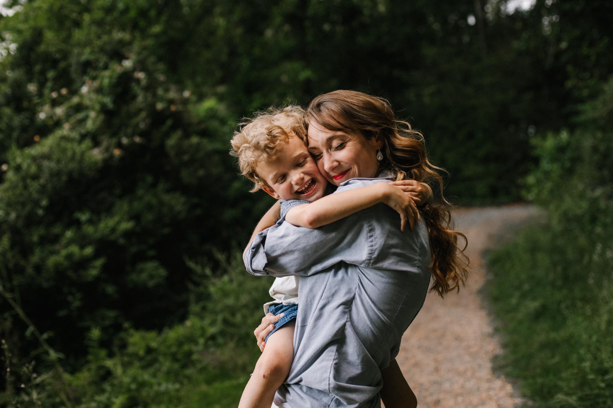 Nicoleandjack_colonialwilliamsburg_mommyandme_meadowsfrozencustard-54.jpg