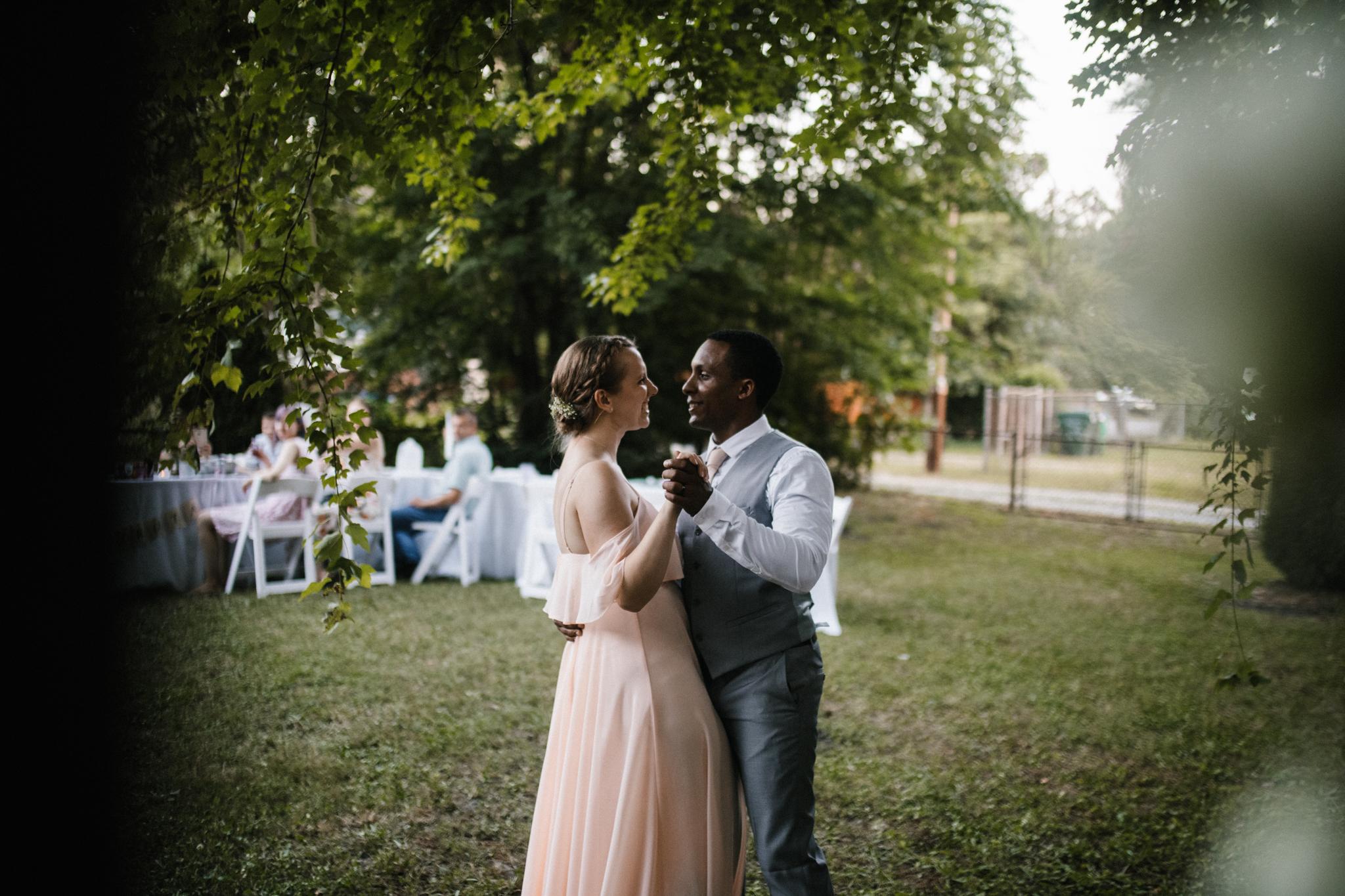 dorota_dwight_richmond_backyard_wedding-93.jpg