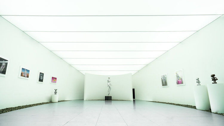 Super Realistic World(Hajime Sorayama), 2019, courtesy of D MUSEUM