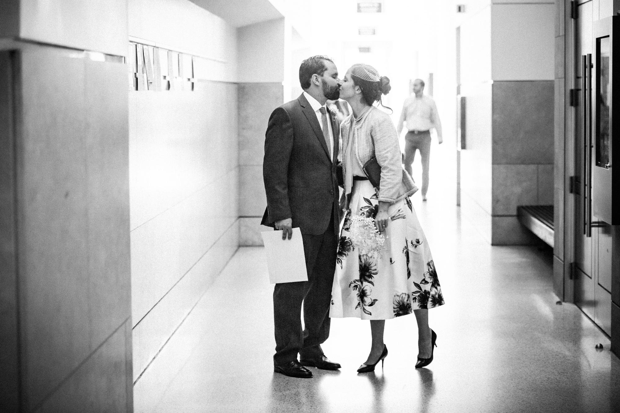 2018_10_17_mowita_drew_durham_courthouse_wedding-6931.jpg