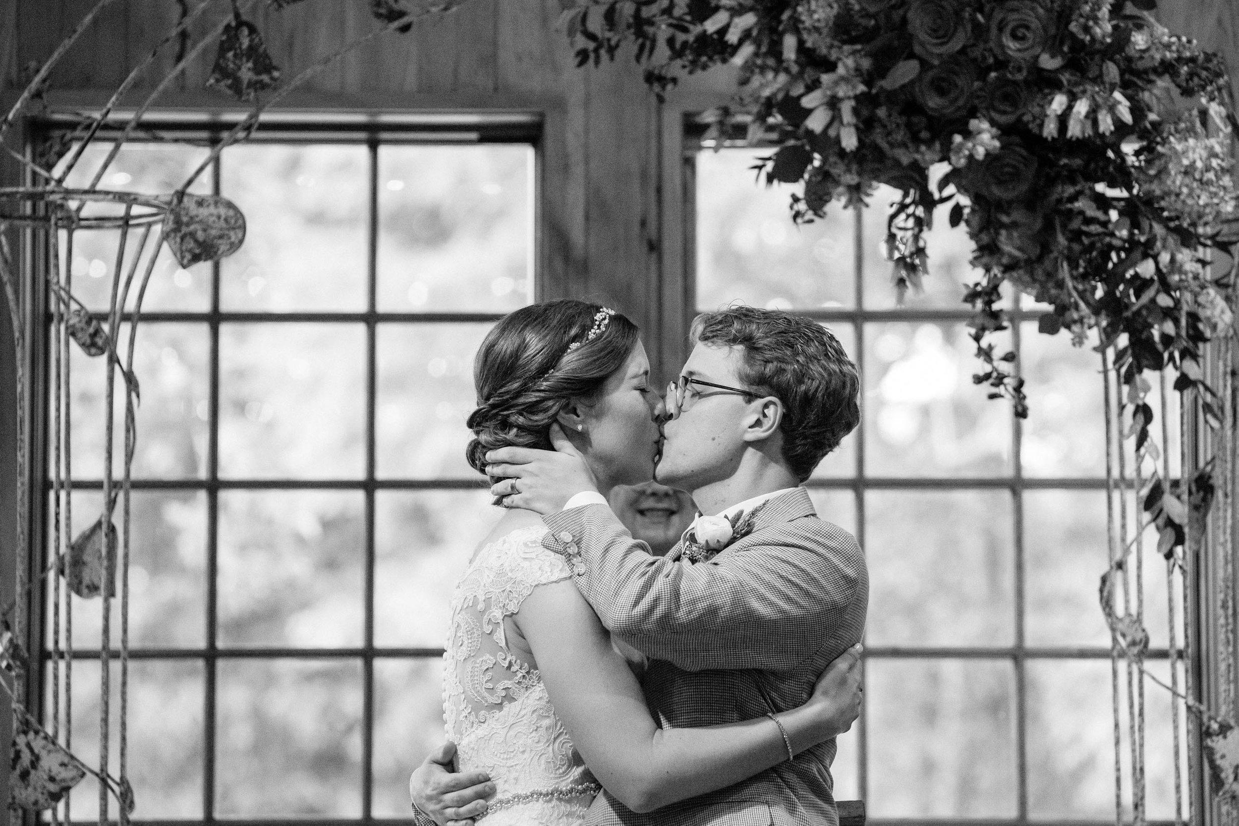2018_09_15_paul_mary_wedding_asheville-1152.jpg