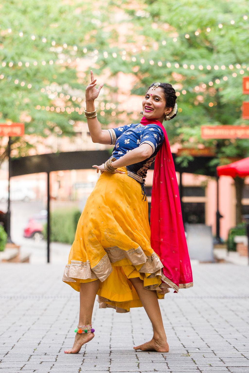 2019_06_30_durham_dances_nischi_bollywood_CF2_1390.jpg
