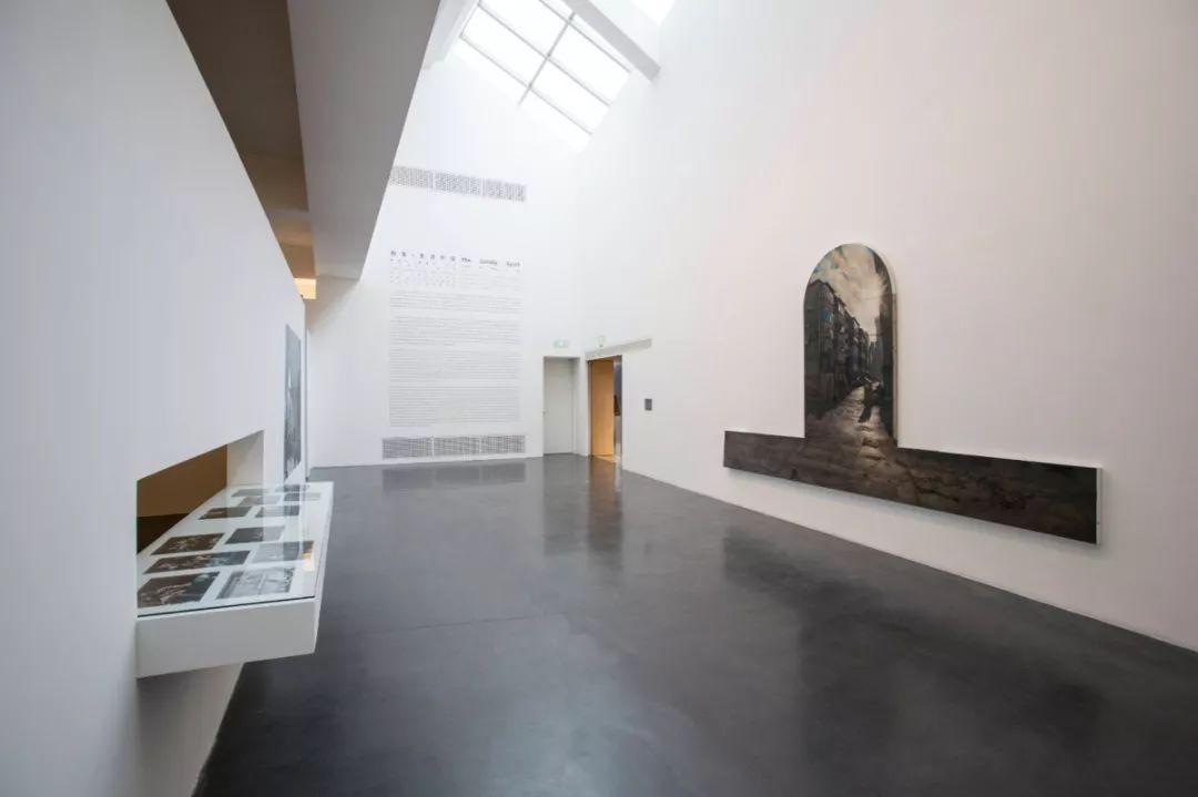 《五点钟》李大方 布面油画 270×330厘米 2017年