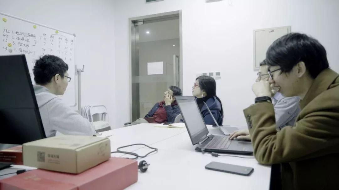 《二周目》,傅善超、刘张铂泷,影像、装置,2018年  本次展览委任创作项目