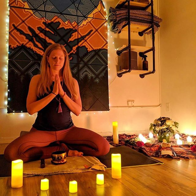 "SHE WILL RISE Hatha yoga and Women's circle ⭕️ Saturday Night at 6pm. $25. A safe space to connect with other women in an honest way. ""This event will open hearts, allowing us to let go, breathing with intention to release the hidden darkness that clings to us. It will be healing, moving, therapeutic, powerful, and transformational"" - @kara_traveling_yogi"