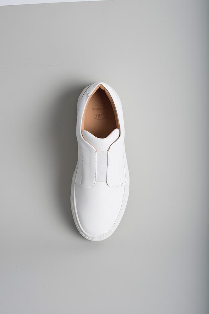 slip on 03 leather white.jpg