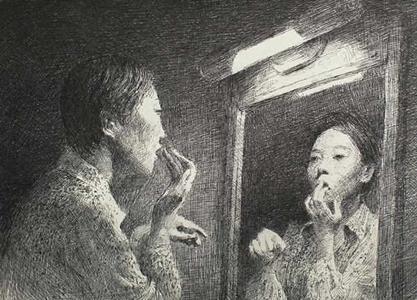 거울을보며화장을하는모습.jpg