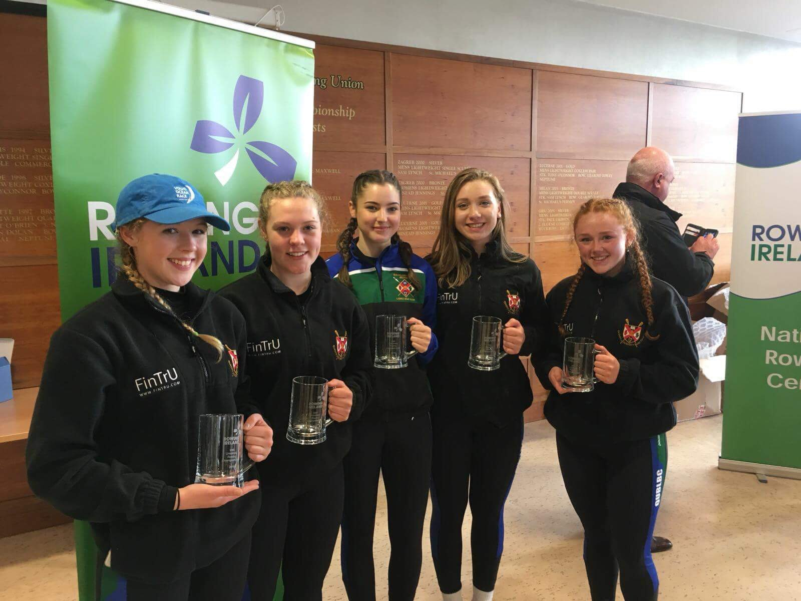 Ellie McConnell, Laura Murphy, Caitriona Carson (Cox), Eimhear Rose Cunningham and Victoria White were victorious in the Womens Novice 4X+