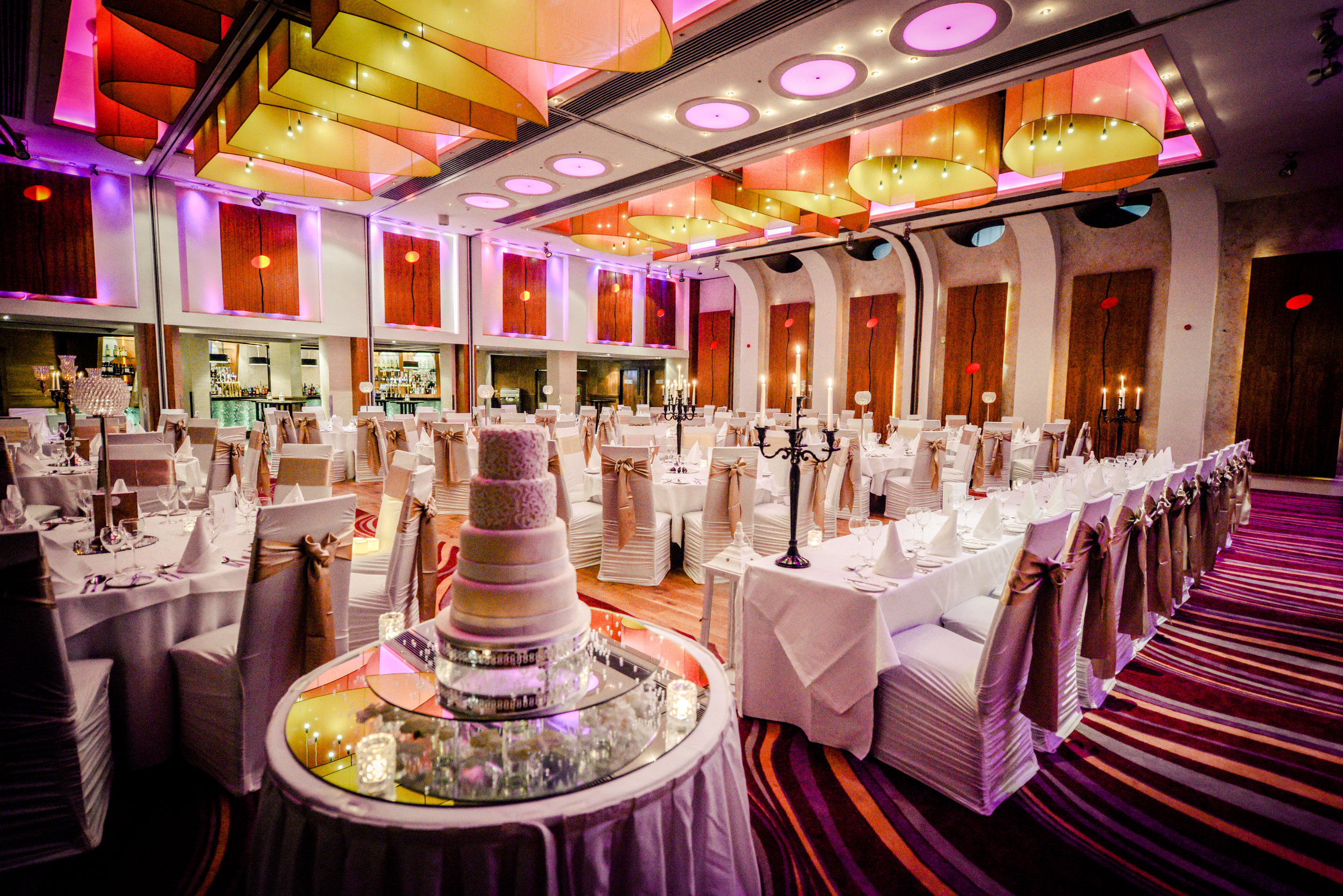 Osprey Hotel and Spa wedding cake plus head table.jpg