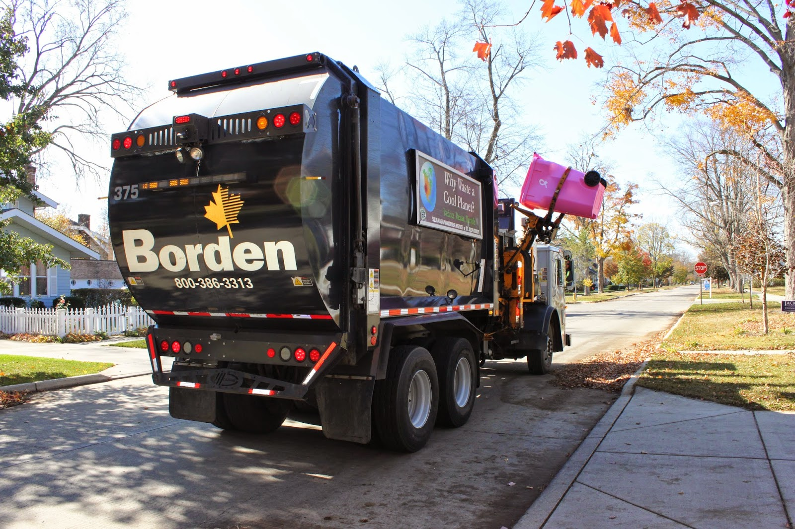 Borden Truck Picking up Cart.jpg