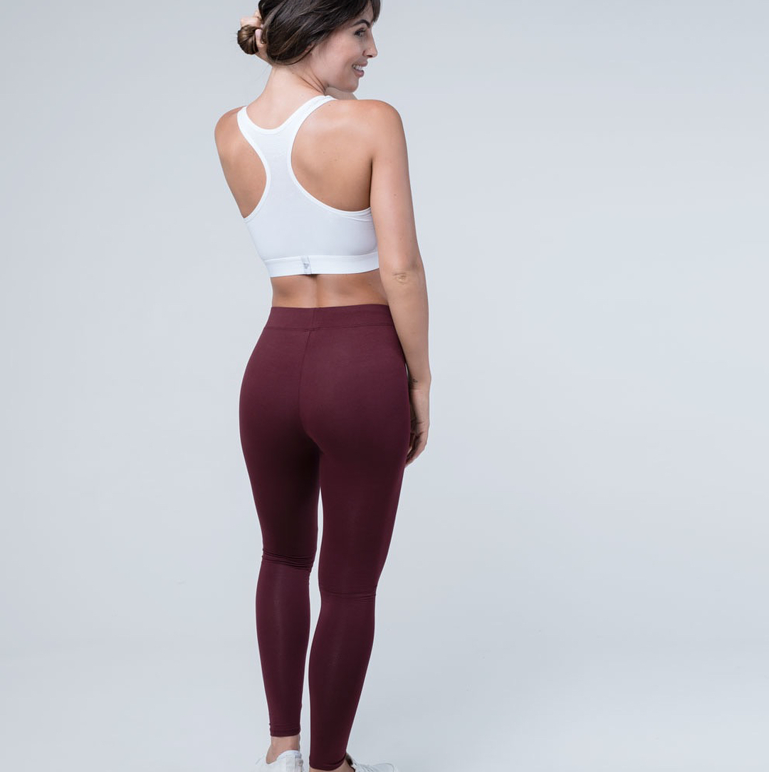 PACT - Fair & Organic basics.Based In: USAPrice Range: €Shipping: Shipping only to the USA & Canada. Free from a 60$ order.Webpage: https://wearpact.com