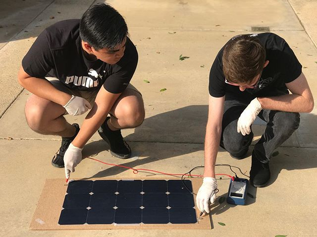 Our electrical and mechanical work meeting today was 🔥 #ucrsolarcar #ieeeucr