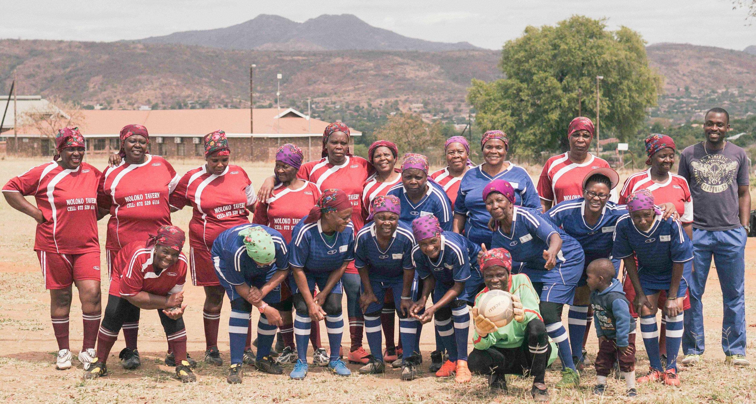 En Octobre 2018, Oldyssey rencontrait l'équipe nationale sud-africaine de femmes âgées, Vakhegula Vakhegula
