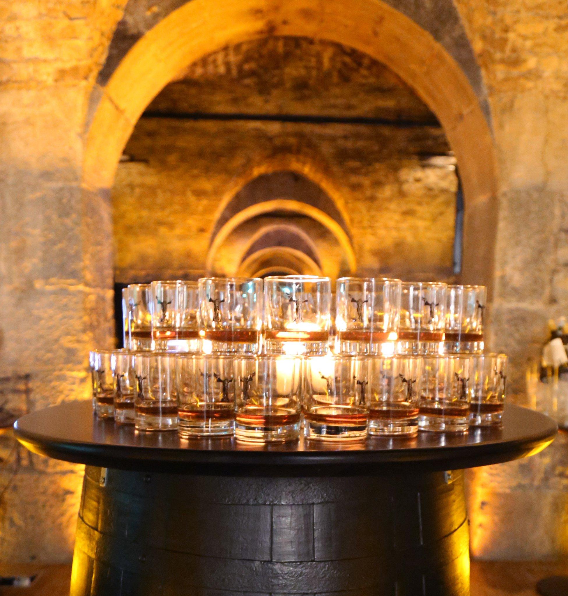 vaults gin.jpg