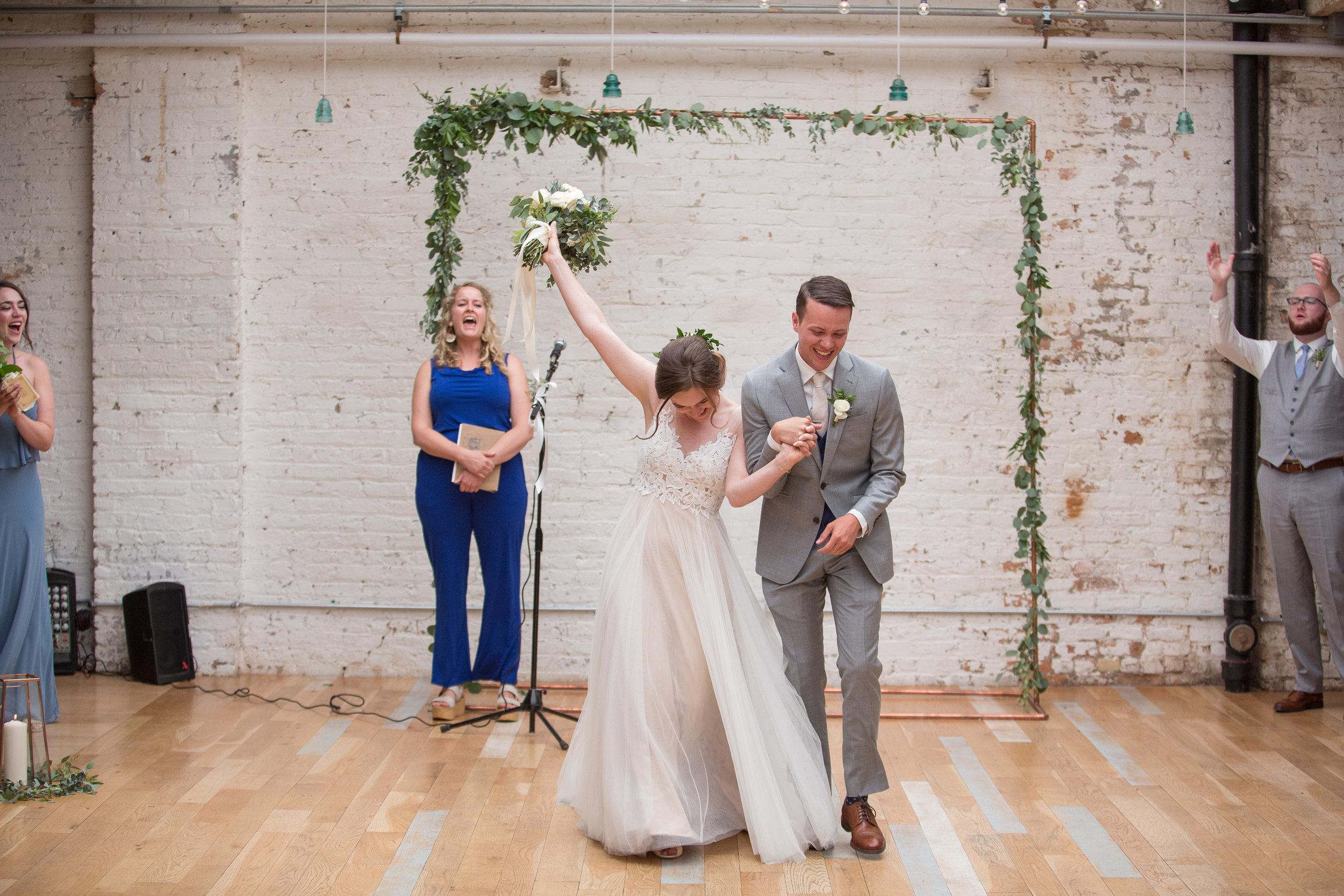 Emmy & Griffin - Chicago, ILVenue: JoineryPhotographer: Adam Alexander