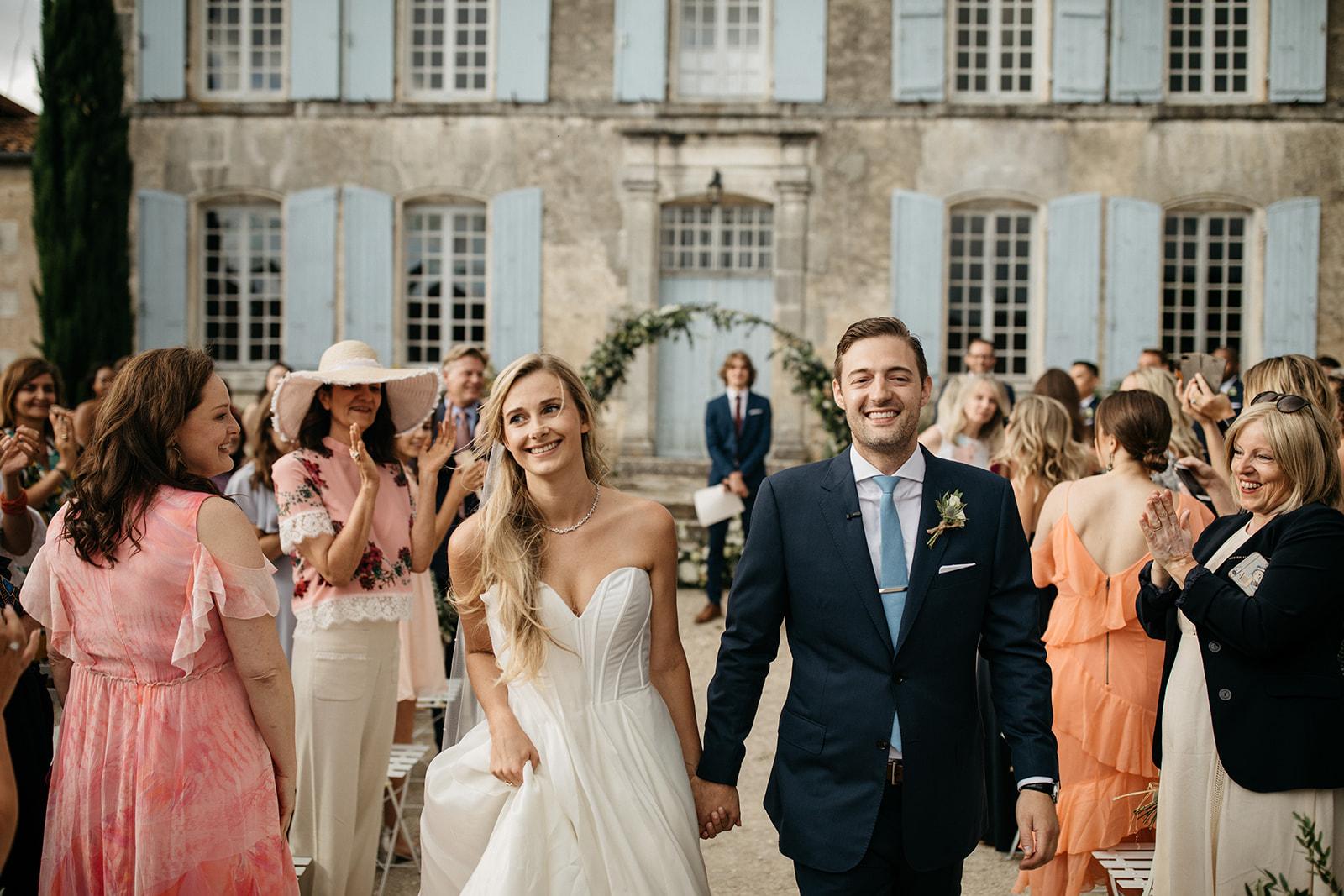 Madison & Joren - Jarnac, FranceVenue: Family Country HomePhotographer: LifeStoriesGuest Count: 115Vibe: Romantic