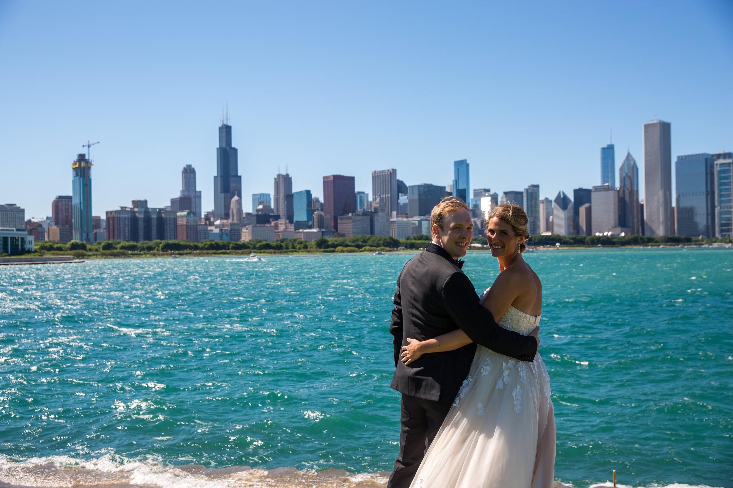 Carrie & George - Chicago, ILVenue: Bridgeport Art Center - Skyline LoftPhotographer: Crane Photography