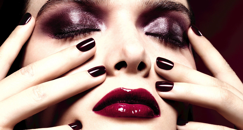 Chanel-Rouge-Noir1.jpg