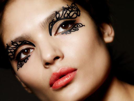Phyllis Cohen Face Lace