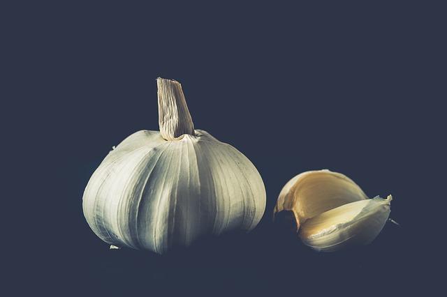 garlic-2810491_640.jpg
