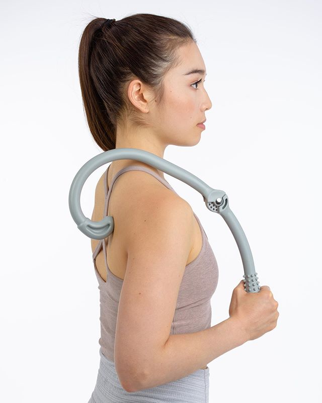 🌅NEW IN: portable cane back massager targeting the tough, tight knots on your back efficiently #aeromats