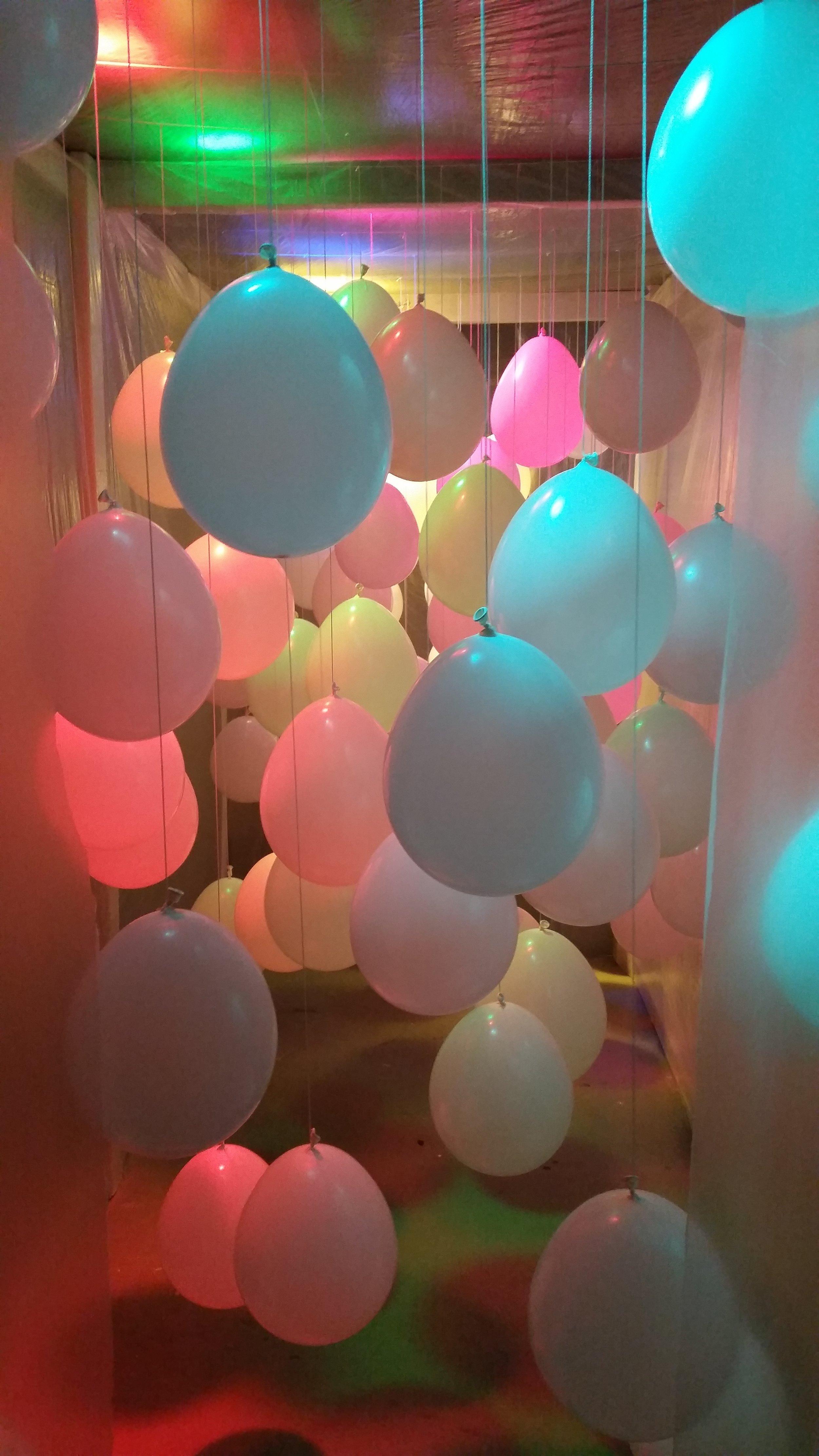 8b_Littleton_Tiffany_Installation_BALLOONS.jpg