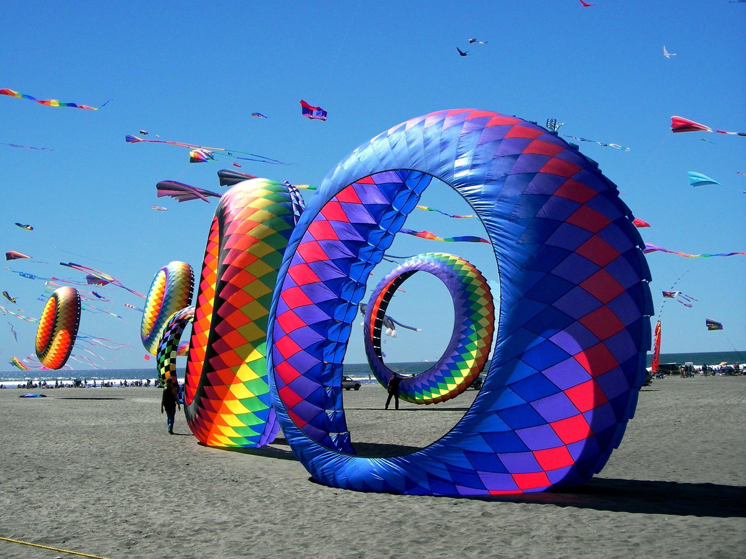 LongbeachWA-kite-festival.jpg