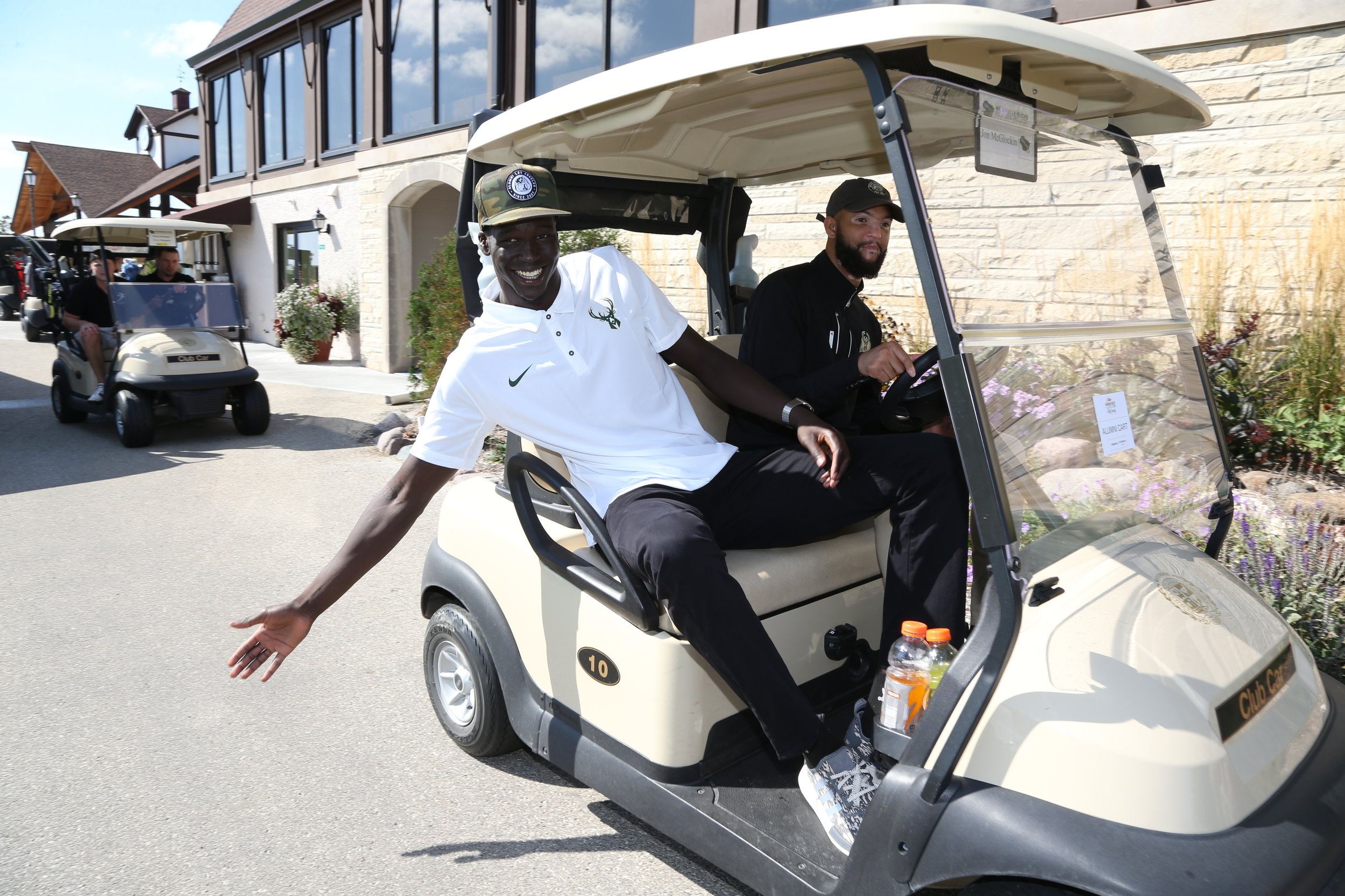 MILWAUKEE BUCKS FOUNDATION GOLF OUTING
