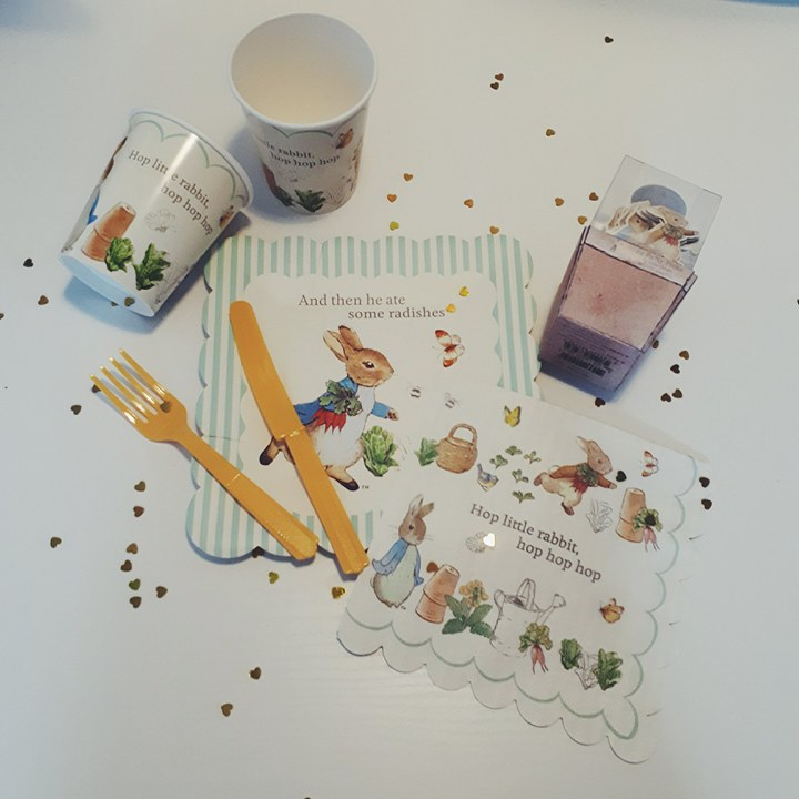 Peter Rabbit - Order our gorgeous, adorable Peter Rabbit party in a box for your next event. Your little one and their party guests will love this fab themed party including a gorgeous Peter Rabbit garland kit and fab decor.Party box is for 8 people.