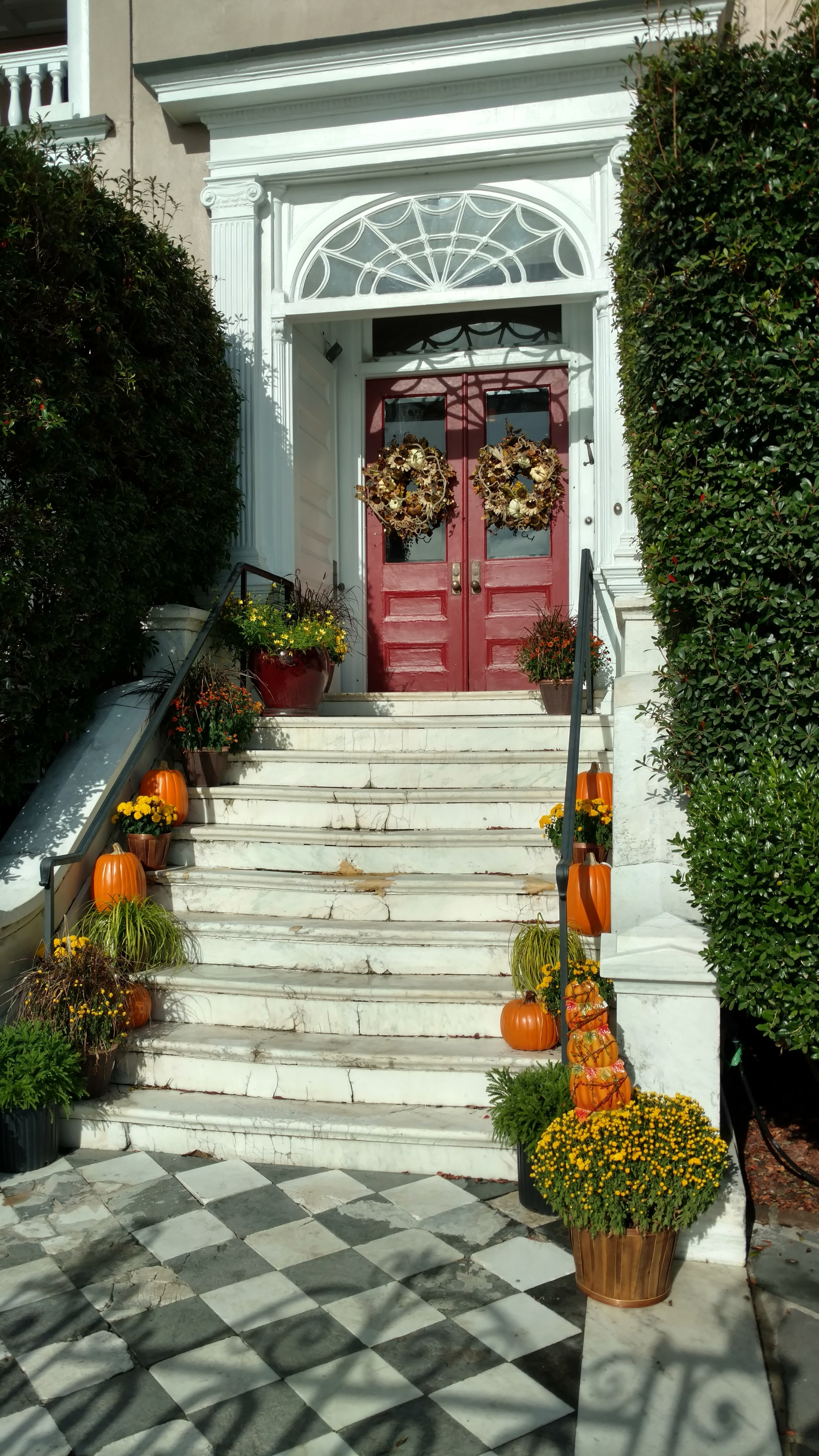 Charleston Homes Decked with Thanksgiving Finery
