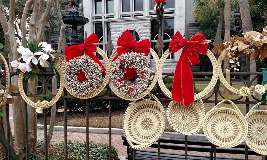 Christmas in Charleston   Baskets on Broad Street