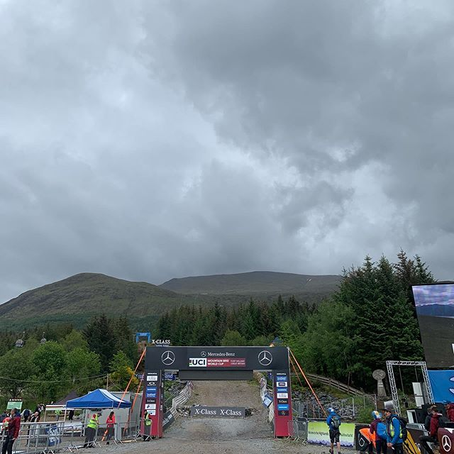 That's a wrap in Fort William! Trucking on to Leogang for round 3 of the Downhill World Cup. #fortwilliamworldcup #scotlandssuspensionexperts #ridefoxbike #flotec