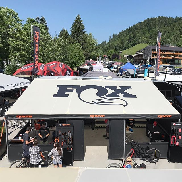 Day 2 in Leogang and the sun in shining 🌞 #ridefoxbike #leogangworldcup #service