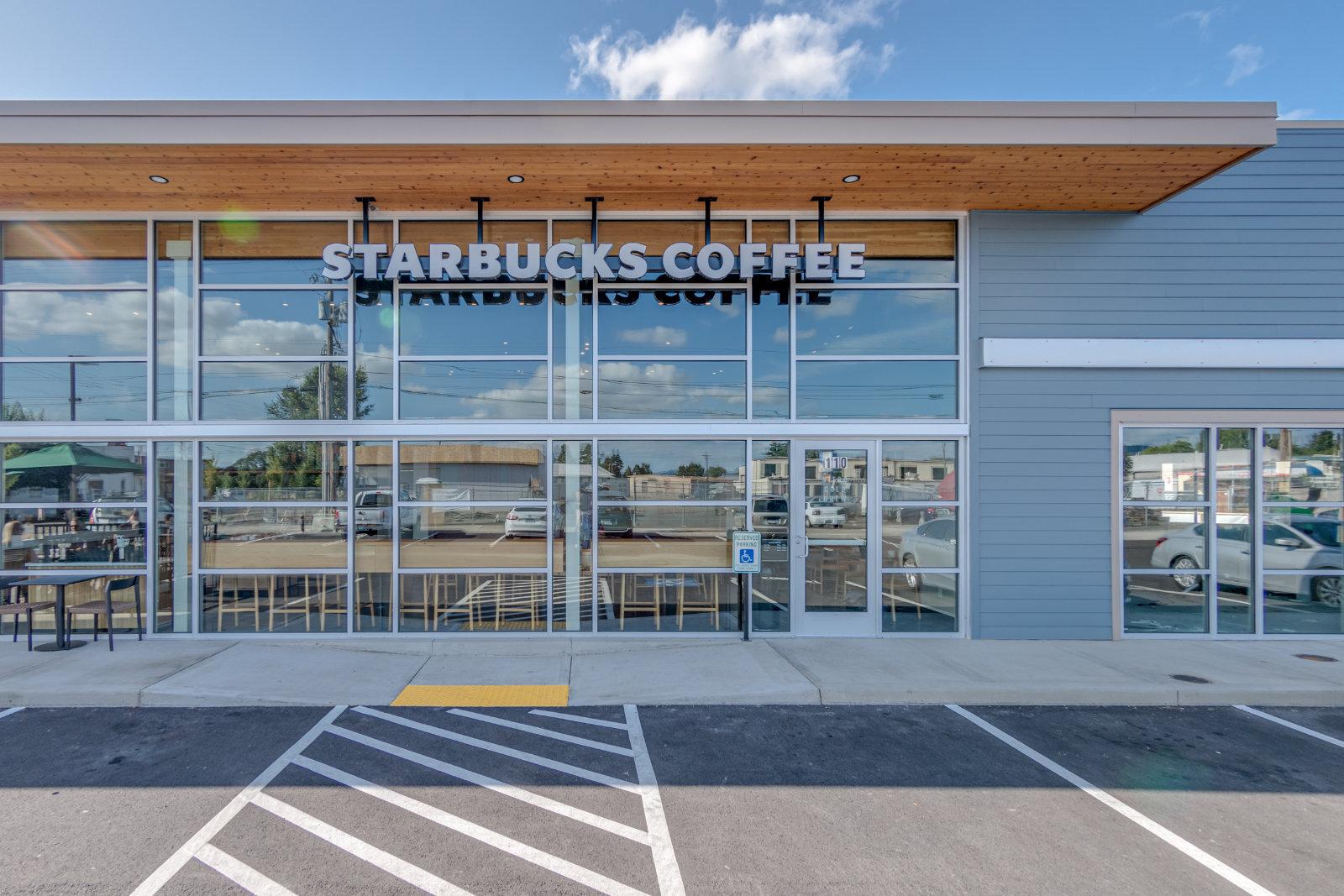 Brittell-Starbucks-WashingtonSt-005-BrokenBanjo1600.jpg