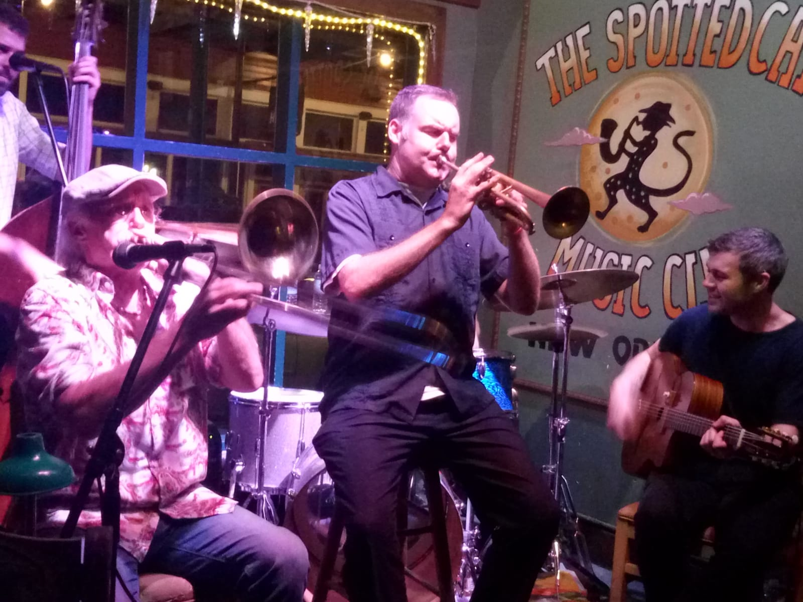 A jazz band at the historical Spotted Cat Music Club in Frenchmen Street. Photo by C. Barros.