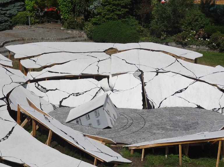 Sculptor Heide Fasnacht on the Ephemerality of Our Built Environment - August 11, 2015   Artnet News  