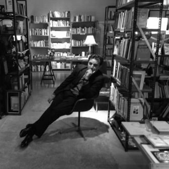 Spanish bookstore pops up in Chelsea neighborhood in New York City - October 13, 2013 | NY Daily News | Monika Fabian