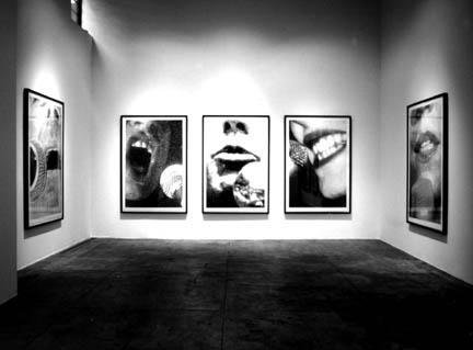 1995_MUNTADAS Portraits_Installation.jpg