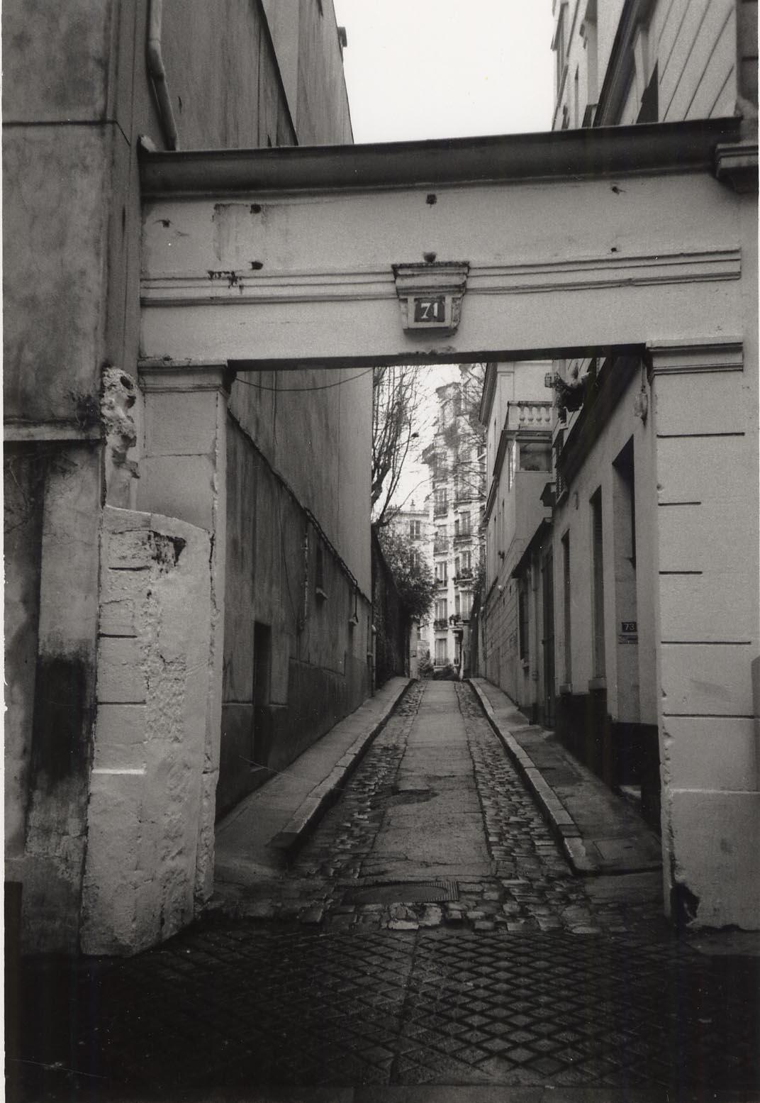 Studio entry, Rue du Cardinal Lemoine, Paris (1998)
