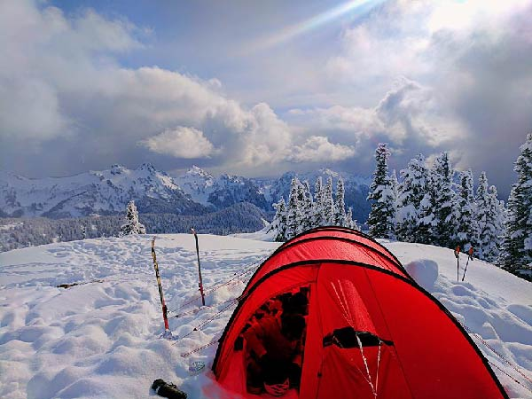 headwall-digital-mountain-outdoor-camping-copywriting