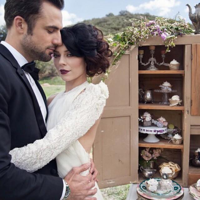 #love is in the air… #nunezphotography #nunezweddings #wedding #photographer #bride #groom #dress #photooftheday #instagood #mountain #wow #botanical #fresh #pretty #sky #instalove #life #bestoftheday #colorful #followme