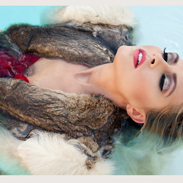 My fav unpublished shot from editorial shot in #palmsprings . Check back for full published set in @thepowderroommag with @juliaannconley from @wilhelminamodels . #nunezphotography #fashion #editorial #vintage #fur #pool #makeup #pinup #wilhelminamodels