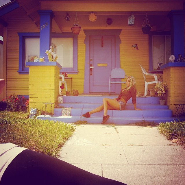 #tbt #bts shoot with the lovely @lonichristine_  #nunezphotography #lonichristine #health #love #babes #photoshoot #LB #LA