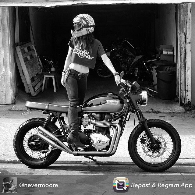 #repost w/ @babesrideout @nevermoore #babesrideout #babes #nunezphotography #motorcycle #hot #LA