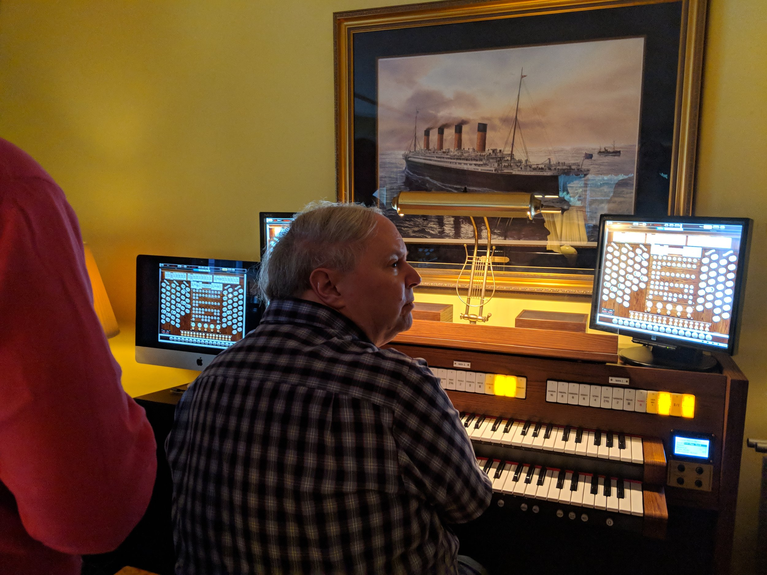 Michael Gaffney demonstrating his Hauptwerk Organ