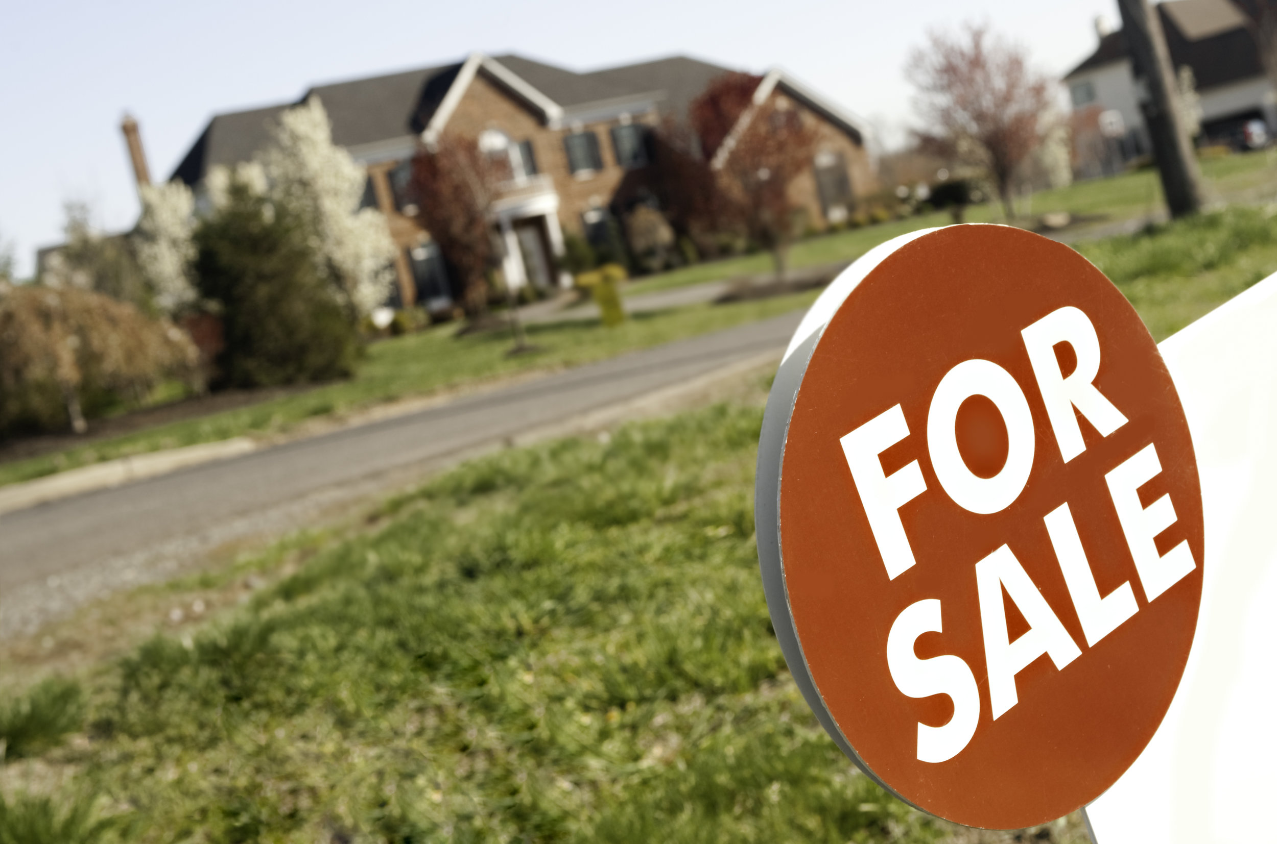 moving for sale sign.jpg