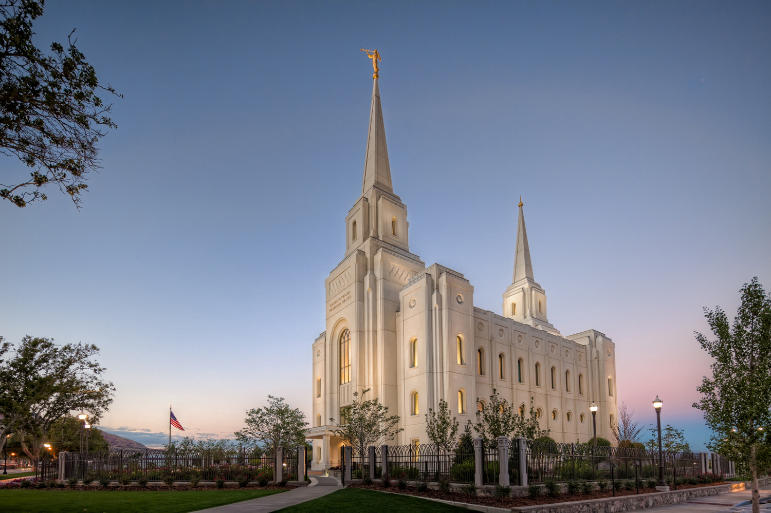 HERO - brigham-city-utah-temple-dawn-1093979-print.jpg