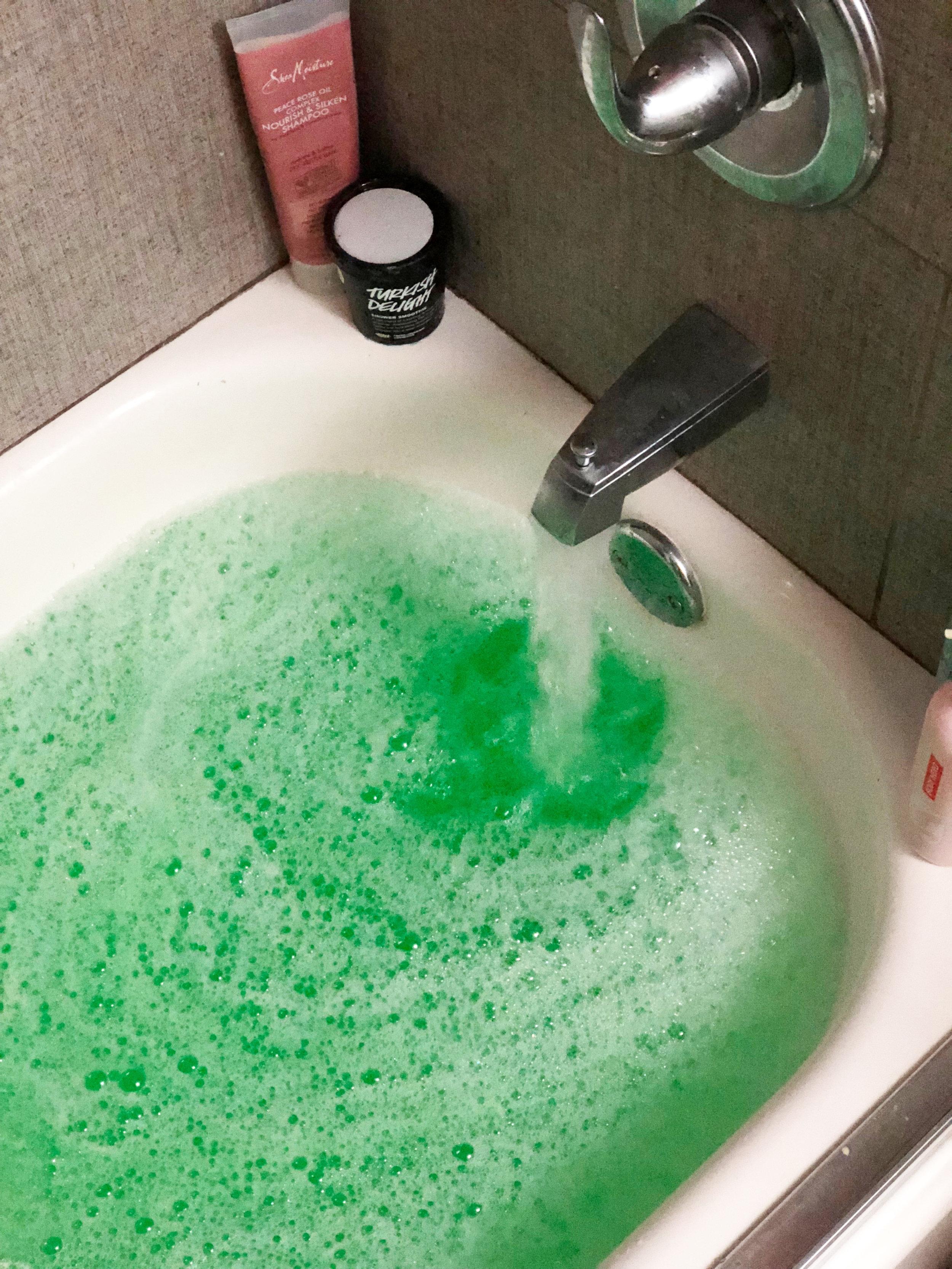 money-bubble-bath.jpg