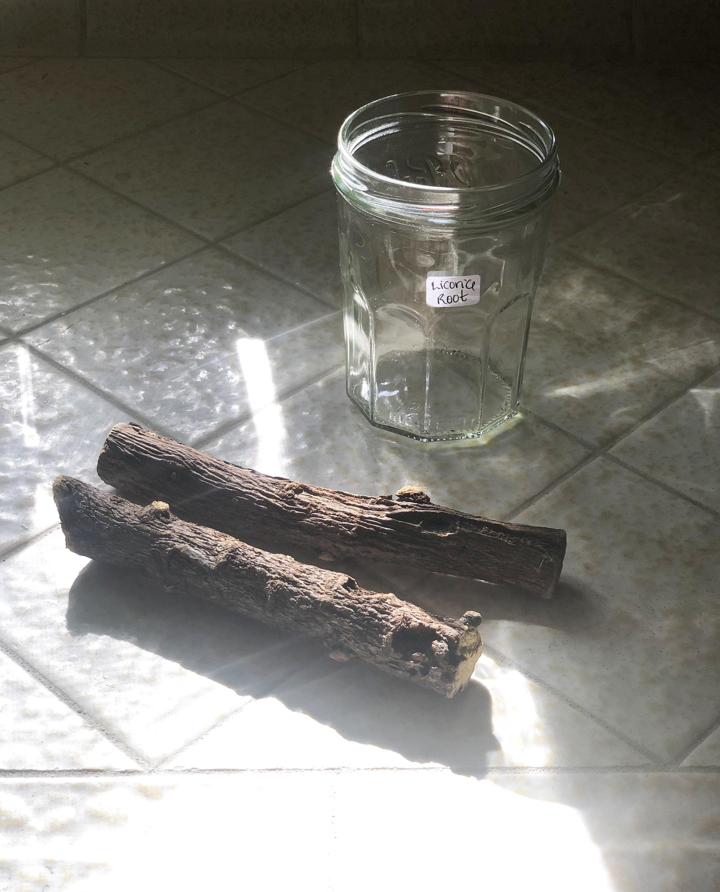 how-to-make-licorice-root-skincare.jpg