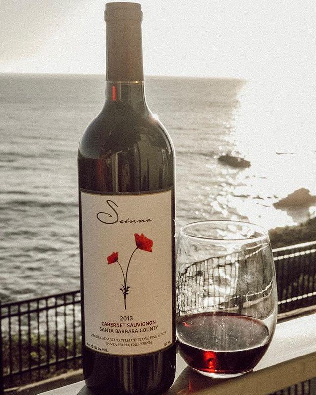 Cheers to the beginning of Summer 🍷🌞 . . . . . . . #seinnawine#seinna#wine#winelover #winesisters #vineyard #photography #vines #thirstythursday #santabarbaracountywine #summersolstice #findthepoppy #wineandfood #instawine #drinkseinna